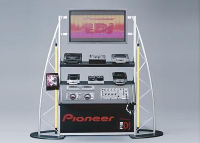 display pioneer 01
